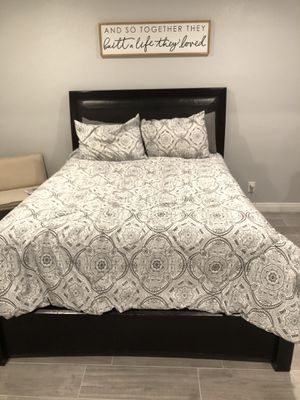 Bed frame and dresser for Sale in Whittier, CA