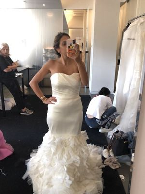 Vera wang wedding dress for Sale in New York, NY