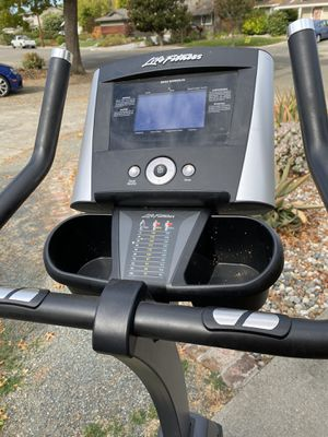 Life Fitness exercise cycle for Sale in Walnut Creek, CA