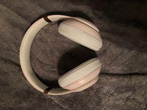 Headphones for Sale in Clovis, CA