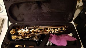 Black and Gold Glory Saxophone for Sale in Las Vegas, NV