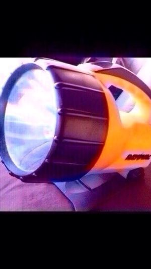 """RAYOVAC INDUSTRIAL LANTERN. """"Toolbox tough"""" lantern with flashlight convenience. Adjustable stand for handsfree use. Bright krypton bulb and long-ran for Sale in Columbus, GA"""