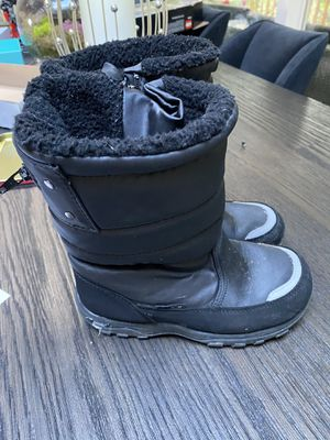 KHOMBU kids snow boots, sz 2 for Sale in Shoreline, WA