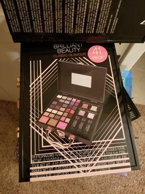 Make up sets for Sale in Covina, CA