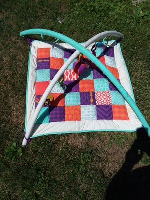Baby lay mat for Sale in Marengo, OH