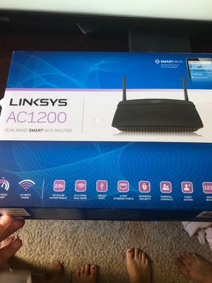 Linksys ac1200 WiFi router for Sale in Sunnyvale, CA