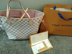 Louis Vuitton Neverfull MM for Sale in Indianapolis, IN