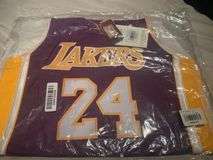 100% Authentic Kobe Bryant Mitchell Ness 06 07 Lakers NBA Jersey Size 40 M Mens for Sale in Gaithersburg, MD