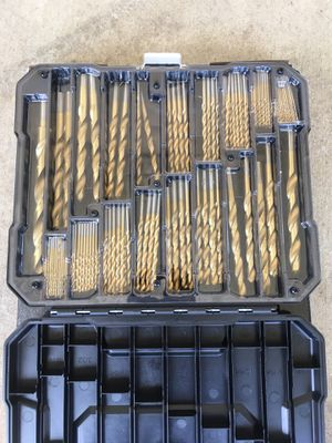 180 PIECE TITANIUM COATED DRILL SET for Sale in Fremont, CA
