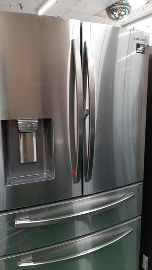Samsung S/S Metal Cooling Fridge for Sale in Fort Worth, TX
