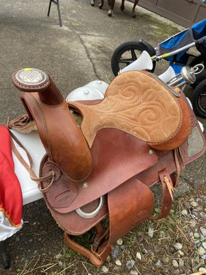 Western saddle for Sale in Elma, WA