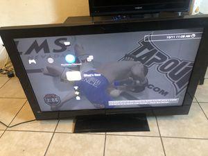 "40"" tv for Sale in Riverside, CA"