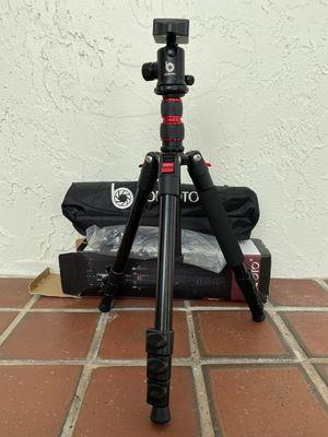 Bonfoto tripod B690A for Sale in Miami, FL