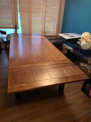 Kitchen table and benches price drop! for Sale in Lyman, SC