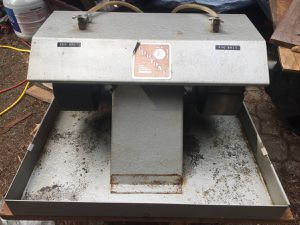 Lortone Lapidary 2 Wheel Polishing Arbor for Sale in Bellevue, WA