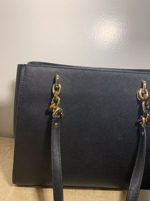 Micheal kors purse for Sale in Lawrenceville, GA