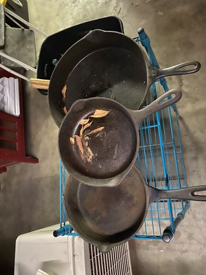 Cast iron pans for Sale in Fresno, CA