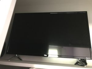 ROKU Tcl 32 Inch TV for Sale in Artesia, CA