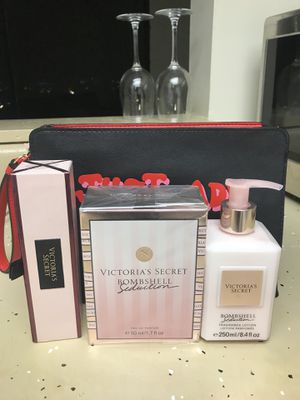 Victoria's Secret gifts set for Sale in Columbus, OH