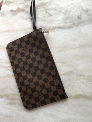 LOUIS VUITTON WALLET/CLUTCH bag for Sale in Alexandria, VA