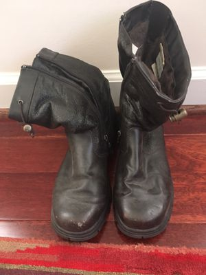 Leather snow boots - size 8 (women's) for Sale in Arlington, VA