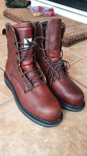 Red Wing work boots size 8 for Sale in Clayton, NJ
