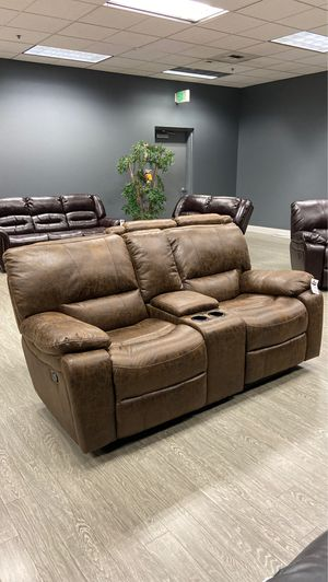 Recliner Love Seat Sofa with Built in Drink holder and remote storage in Black, Grey or Brown for Sale in Vancouver, WA