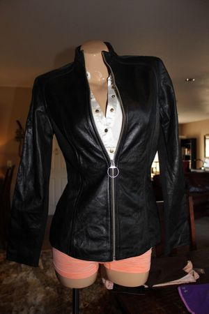 2 pc Leather Wilsons Suit Large for Sale in Sanger, CA