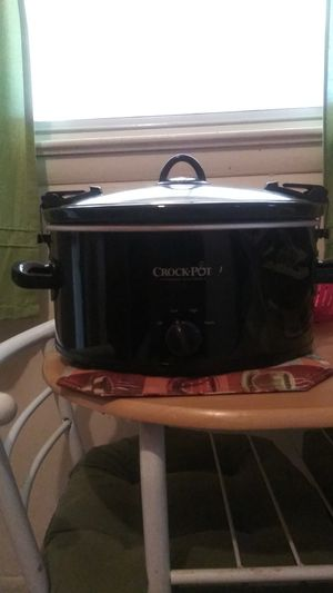 Crock Pot The Original Slow Cooker for Sale in Upper Marlboro, MD