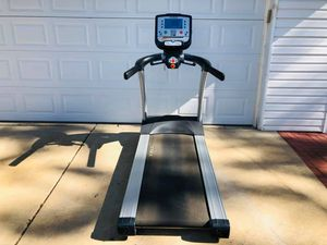 Treadmill - True Commercial Grade Treadmill - Cardio - Running - Exercise - Work Out - Gym Equipment for Sale in Downers Grove, IL