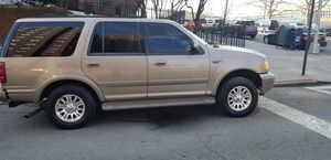 2001 Eddie bauer ford expedition for Sale in Bronx, NY