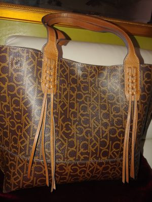 Calvin Klein bag for Sale in West Valley City, UT
