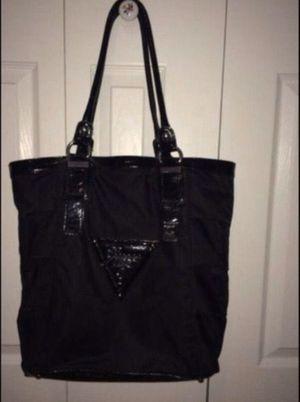 Guess handbag for Sale in Waterbury, CT