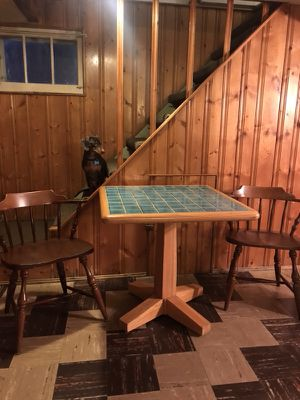 Dining room table and chairs for Sale in Middleburg Heights, OH