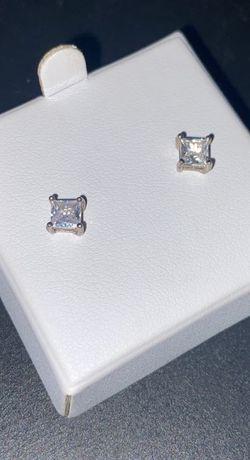 Earrings (Kohl's boof diamond earrings) payed $50 for Sale in Silverado,  CA