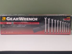 NEW GEAR WRENCH COMBINATION RATCHETING..10pc set MODEL#85090R for Sale in Bellflower, CA