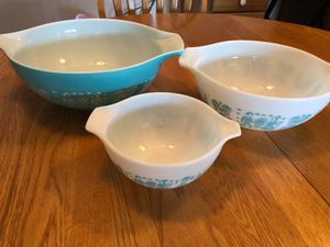 Amish Butterprint-Vintage Pyrex Bowls- Set of 3!!! for Sale in Tucson, AZ
