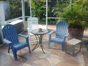 Outdoor furniture set chairs Coffee Table and end table for Sale in Pompano Beach, FL