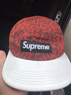supreme hat for Sale in Falls Church, VA