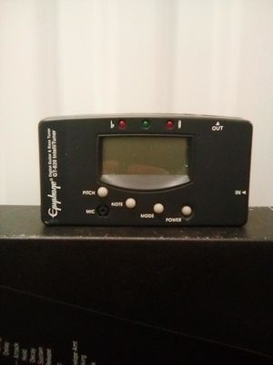 Epiphone digital guitar + bass tuner gt-820 for Sale in Los Angeles, CA