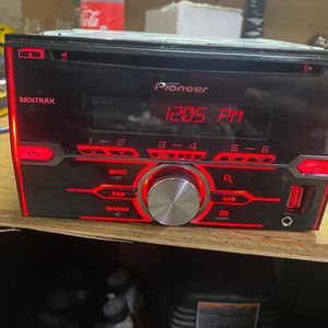 DOUBLE DIN BLUETOOTH STEREO for Sale in Canby, OR