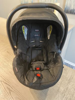 Britax B-Safe 35 car seat and two bases for Sale in Morristown, NJ