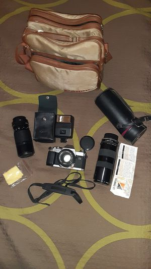 Canon A-1 qf with two lenses for Sale in Phoenix, AZ