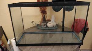 30 gallon aquarium with filter for Sale in Phoenix, AZ