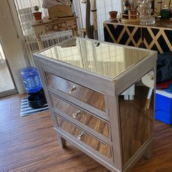 Mirror Dresser for Sale in Los Angeles,  CA
