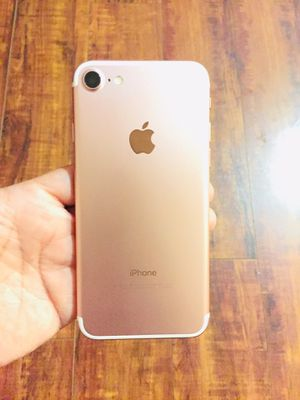 iPhone 7 unlock 128 gb for Sale in Los Angeles, CA