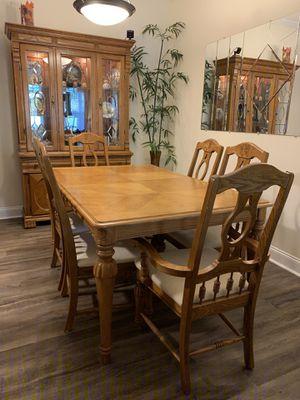 10 Pc Oak Dining Room Set for Sale in Macon, GA