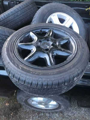 Mercedes Benz rims and tires for Sale in Lynnwood, WA
