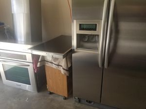 Kitchen Aid stainless steel appliances for Sale in Kissimmee, FL