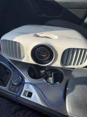 Epson HD 3D Home cinema projector for Sale in Marietta, GA